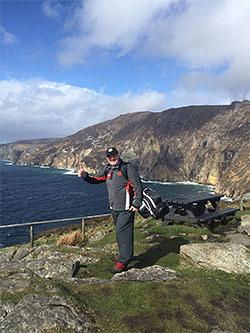 Charity golf walker Nick Edmund reaches momentous landmark